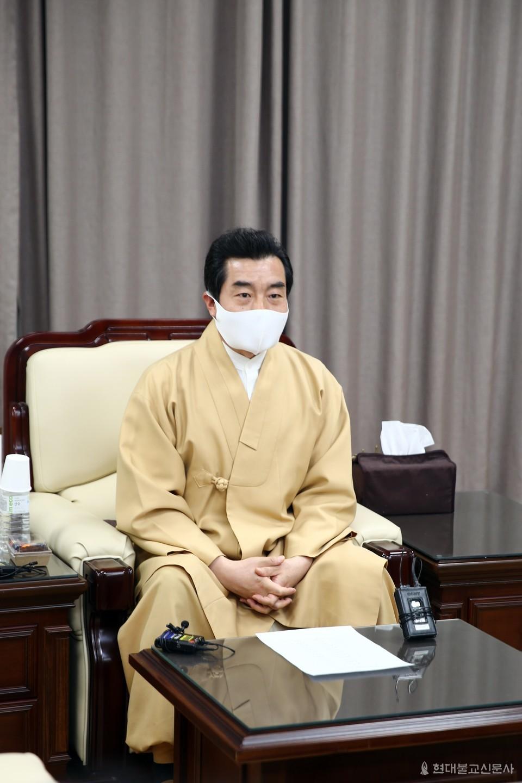 진각종 통리원장 도진 정사는 3월 31일 진각문화전승원서 취임 첫 기자간담회를 갖고 지방교구로 권한 이양 등 방침을 밝혔다.